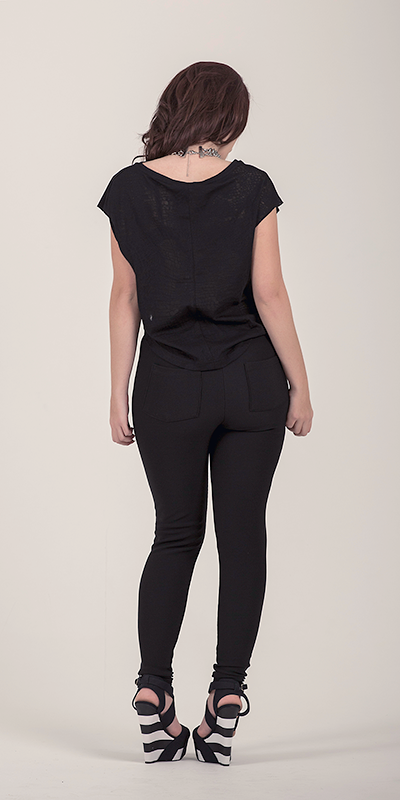 Hanger Black Crop T-Shirt